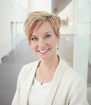 Anne-Wolfe-profile-pic[1].jpg
